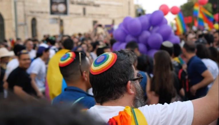 לצאת מהארון. להישאר בבית הכנסת – פודקאסט (עונה 3)